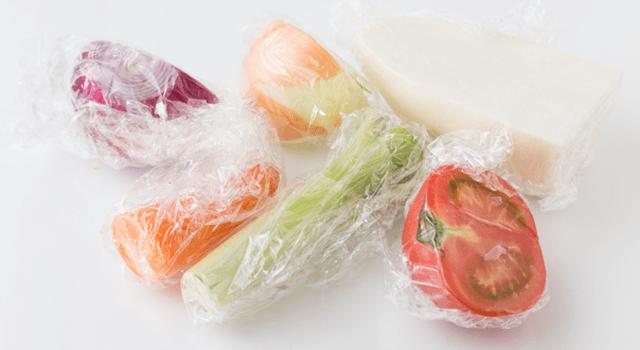 ラップに包んだカット野菜