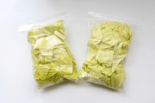 袋詰め白菜