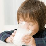 1本約100円?!Oisixの牛乳飲み放題サービスがお買い得過ぎる件